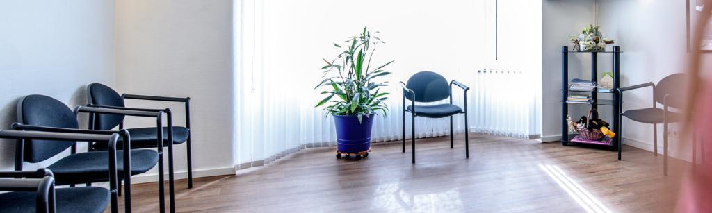 Zahnarzt Remscheid - Waldau - Wartezimmer der Praxis